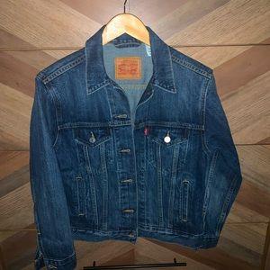 XS Levi's boyfriend denim jacket